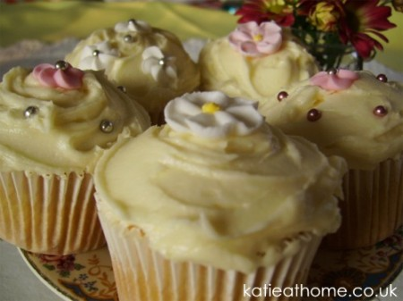 Katie Craig Mothers Day cupcakes