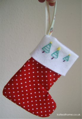 Christmas Crafts - Making a Christmas Stocking